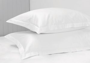 300 THREAD COUNT PILLOW CASE SET WHITE
