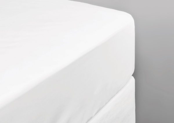 550 THREAD COUNT FITTED SHEET WHITE