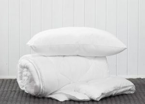 LUXURY MICROFIBRE PILLOW